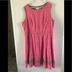 Jessica Simpson mid length dress
